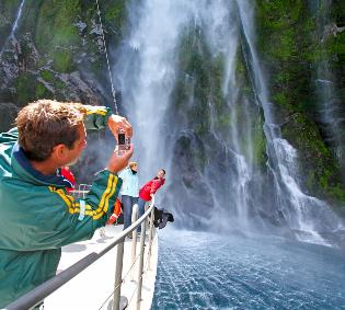 Fiordland & Milford Sound<br> Overnight Cruise - Family Package